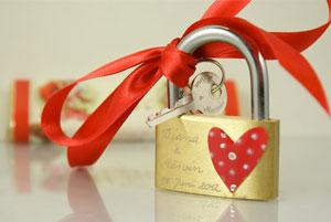 TanjaBraun - Engraved Love Padlock