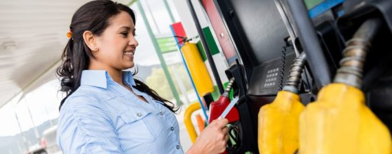 Discover-it®-chrome-The-Best-Cash-Back-Card-for-Gas-and-Dining.jpg