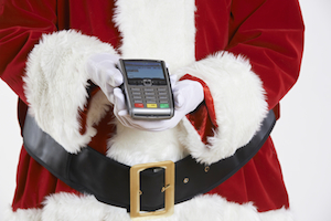 5 tips to avoid credit card debt this holiday season