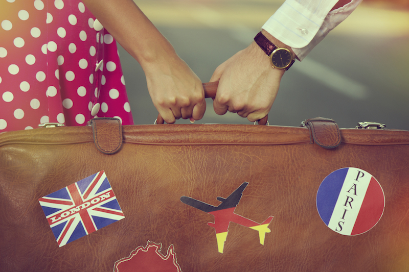Credit card offers extra rewards on discount travel spending