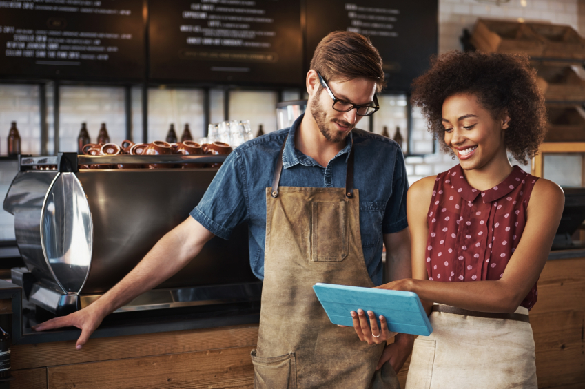 4 things to look for in small business credit card offers nerdwallet 4 things to look for in credit card offers for your business colourmoves