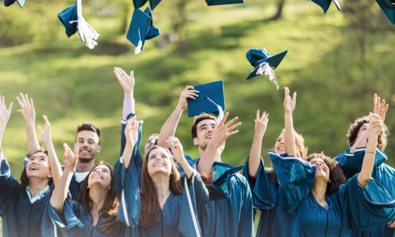 What to Do With Your Student Credit Card When You Graduate