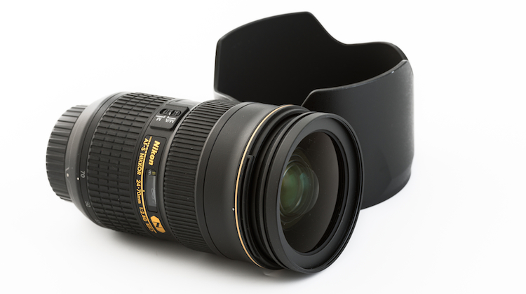 nikon_lens_cap.jpg