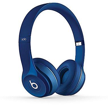 Staples Hosts Beats by Dr. Dre Headphone Sale