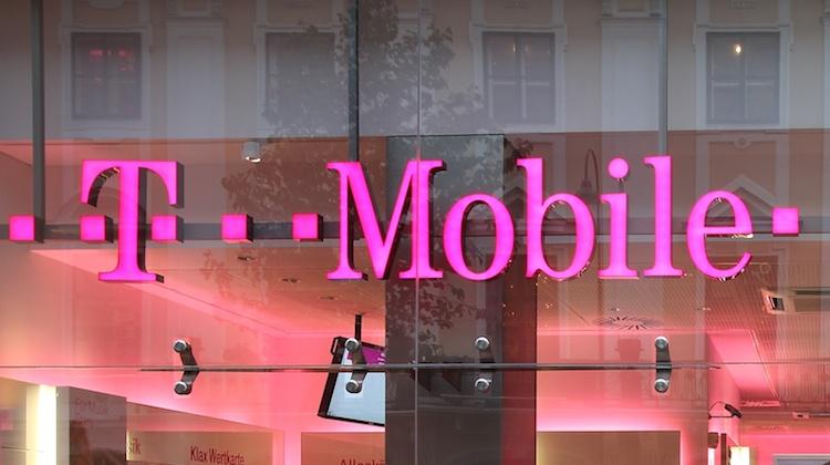 T-Mobile Family Cell Phone Plans - NerdWallet