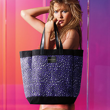 Free Leopard Tote Bag Giveaway at Victoria's Secret