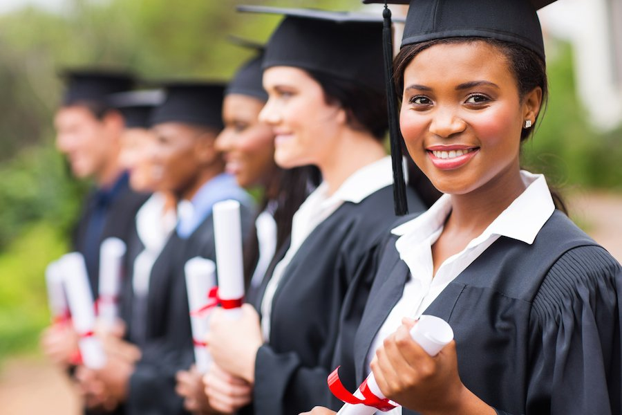 10 Scholarships For Women Returning To College 2018 Nerdwallet