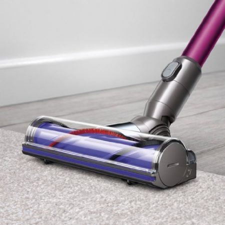 dyson v6 motorhead vs hoover linx stick vacuum showdown. Black Bedroom Furniture Sets. Home Design Ideas