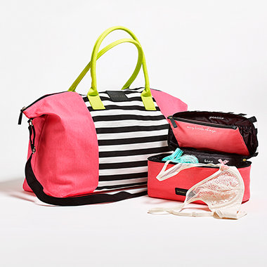 victorias-secret-getaway-bag