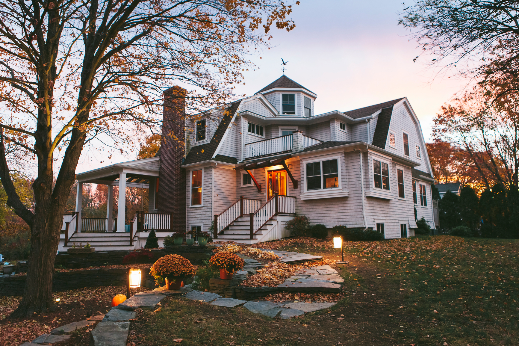 6 Things You Need To Know Before Buying A Historic Home