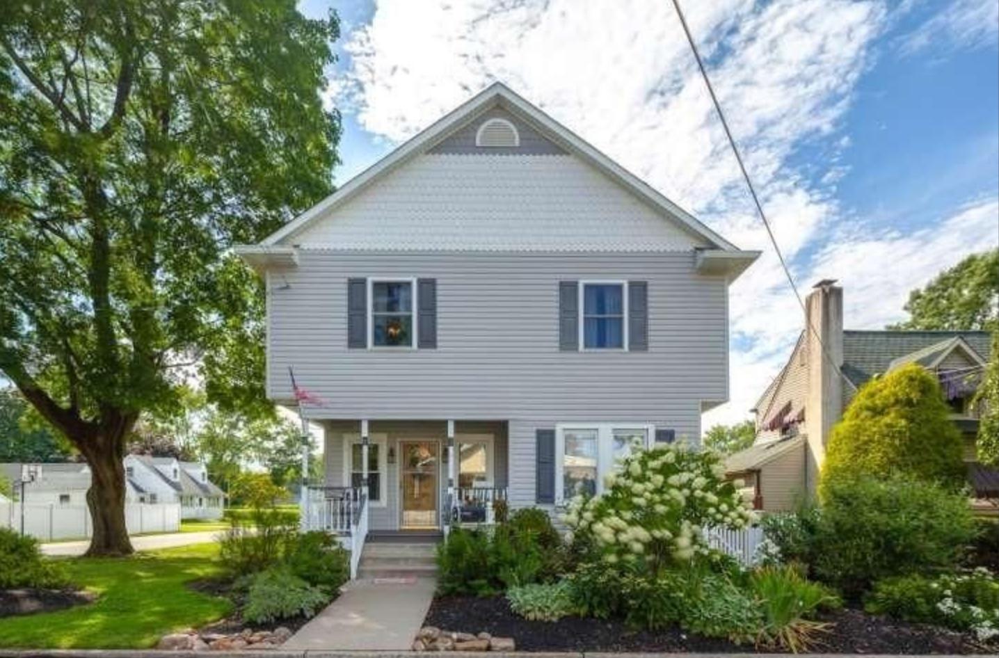 Bristol, Pennsylvania (Philadelphia-Camden-Wilmington, PA-NJ-DE-MD); list price: $299,000; square footage: 2,814; beds/baths: 4/3