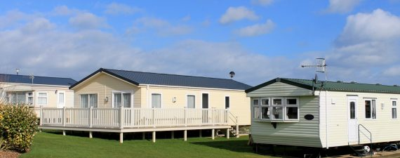 What to know about mobile home insurance nerdwallet for Modular home insurance