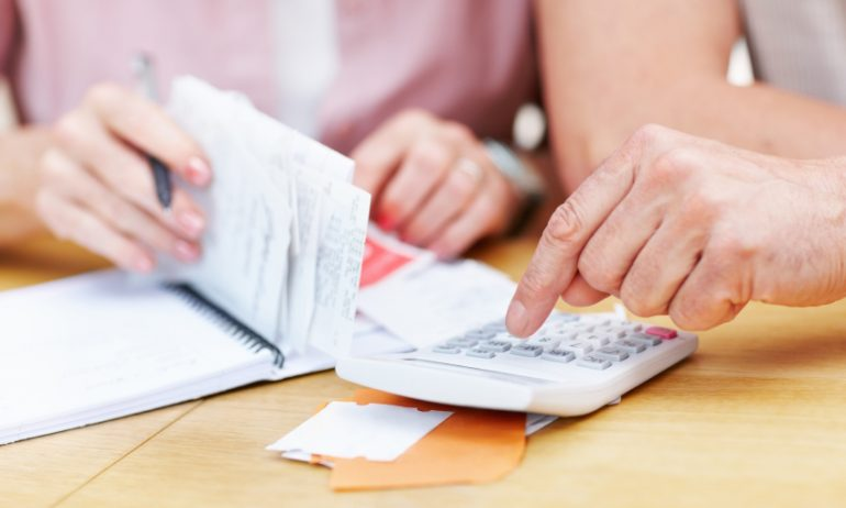 How to Factor Fixed Expenses Into Your Budget