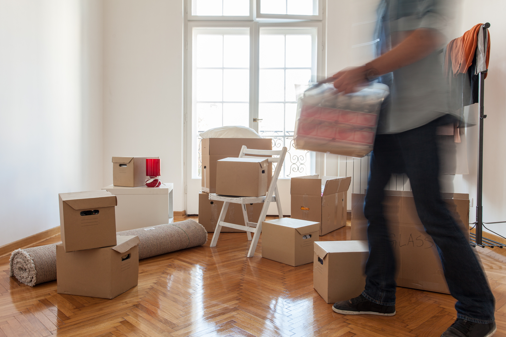 Save When Moving Without a Little Help From Your Friends