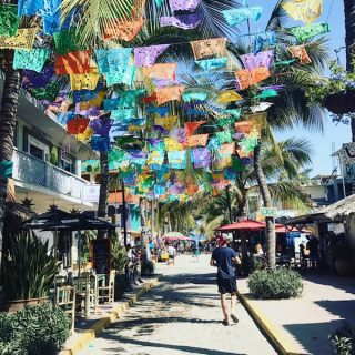 Cliff Goldstein strolling the streets in Sayulita, Mexico.