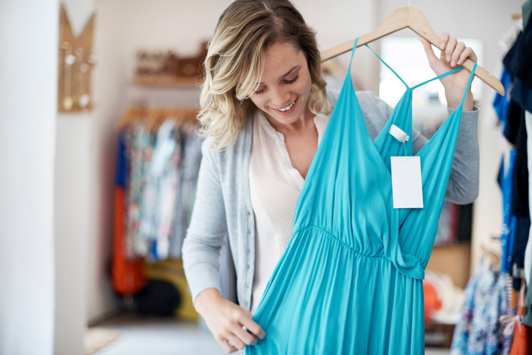 234039f9924 5 Tips for Selling Clothes Online - NerdWallet