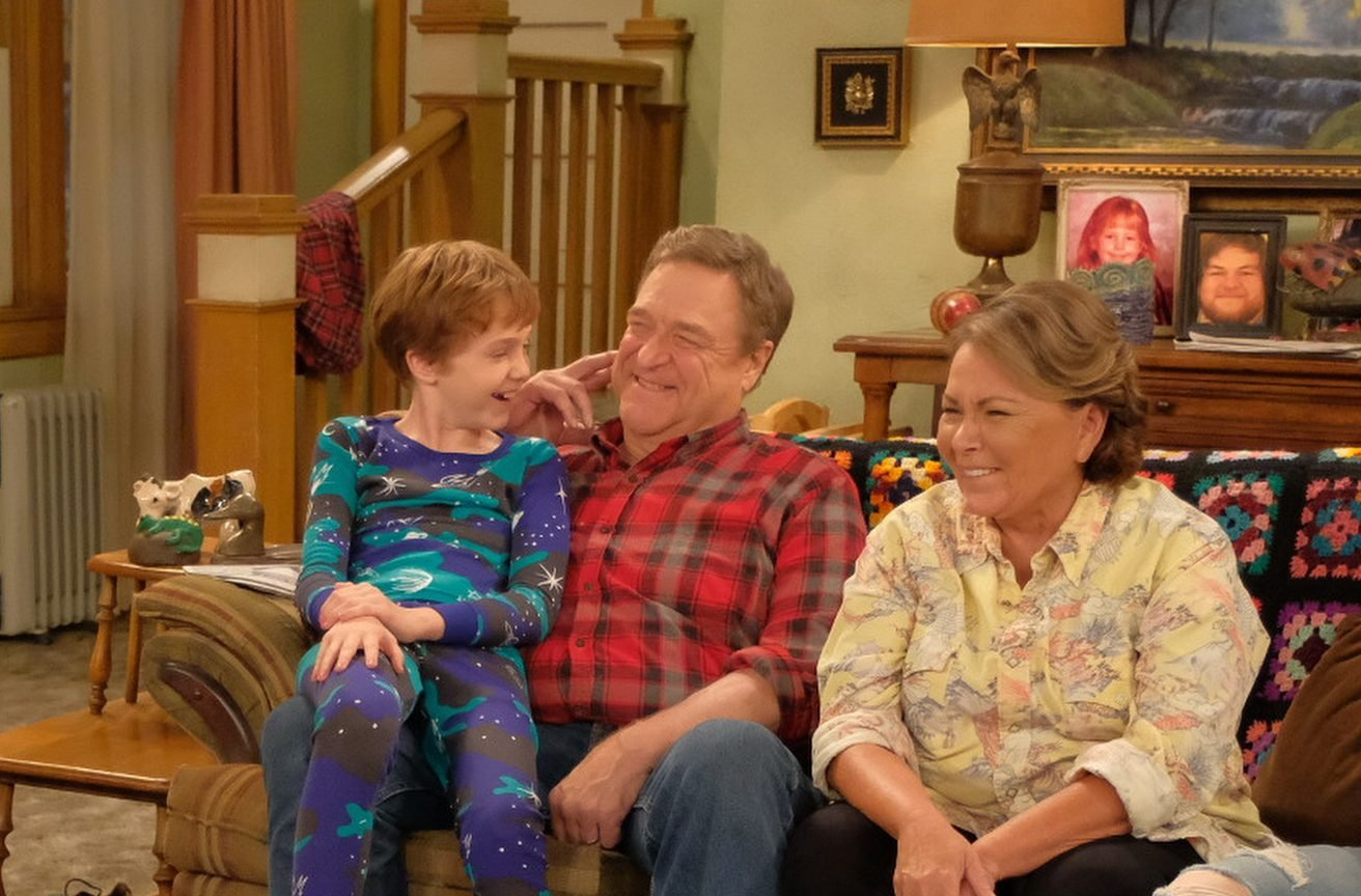 3 Money Lessons We Can Learn From 'Roseanne'