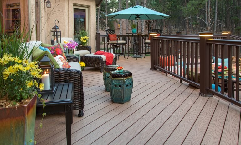 The Cost to Build a Deck: 4 Ways to Save