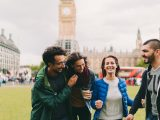 4 Smart Ways to Split Bills With Friends While Abroad