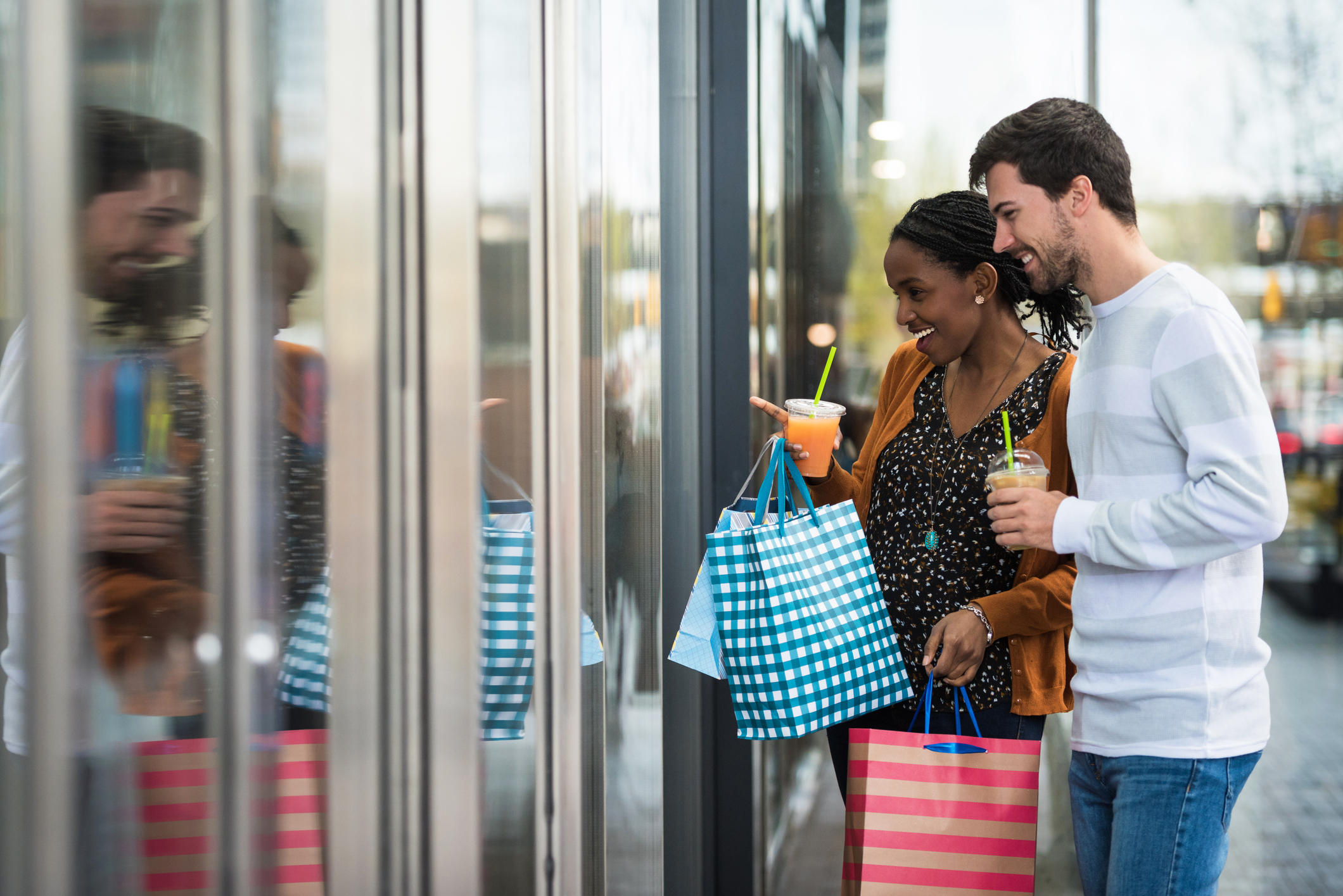 How Store Credit Cards Can Leave You Unprotected - NerdWallet