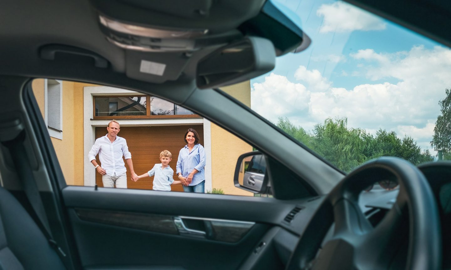 Buy a Car at a Safe Distance With a 'No-Touch' Deal - NerdWallet