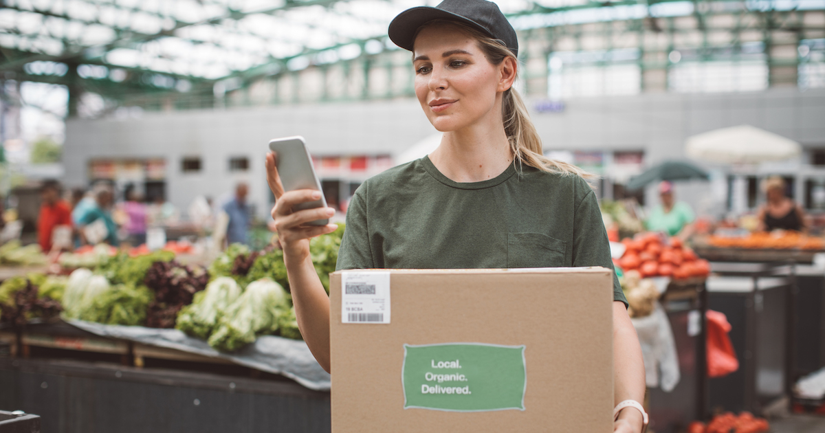 COVID-19: Food Delivery Options and How Your Credit Card Can Help