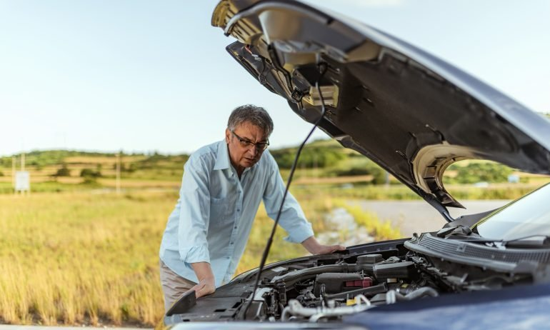 Roadside Assistance: Where to Get It, What to Ask-story