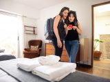 how to earn and redeem points for airbnb