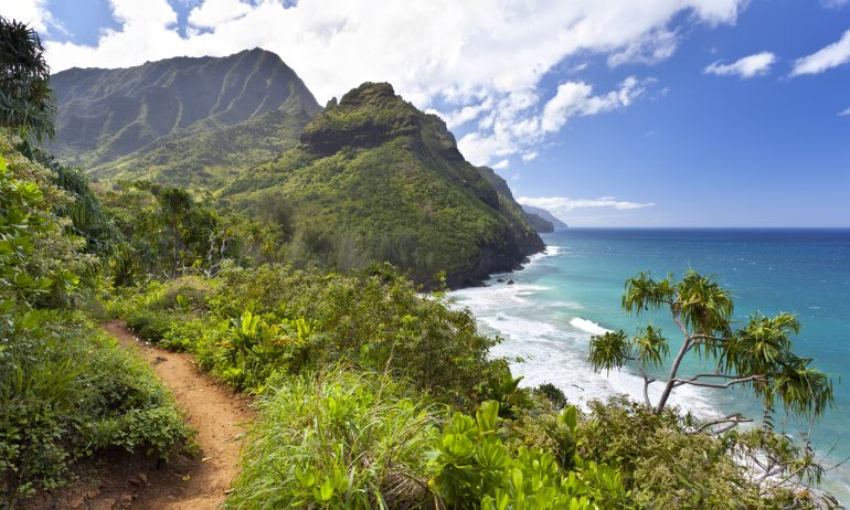 How to Book Your Low-Risk Hawaiian Vacation Right Now
