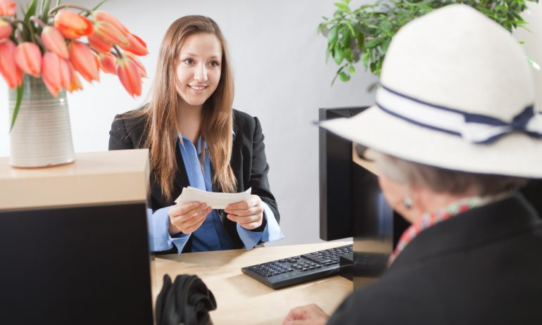 GettyImages-173146417-lost-money-order