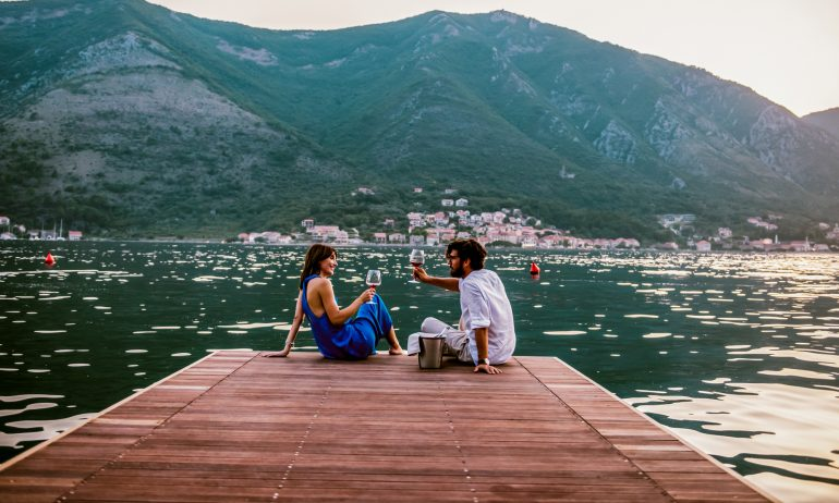 7 Tips for Couples to Maximize Travel Rewards