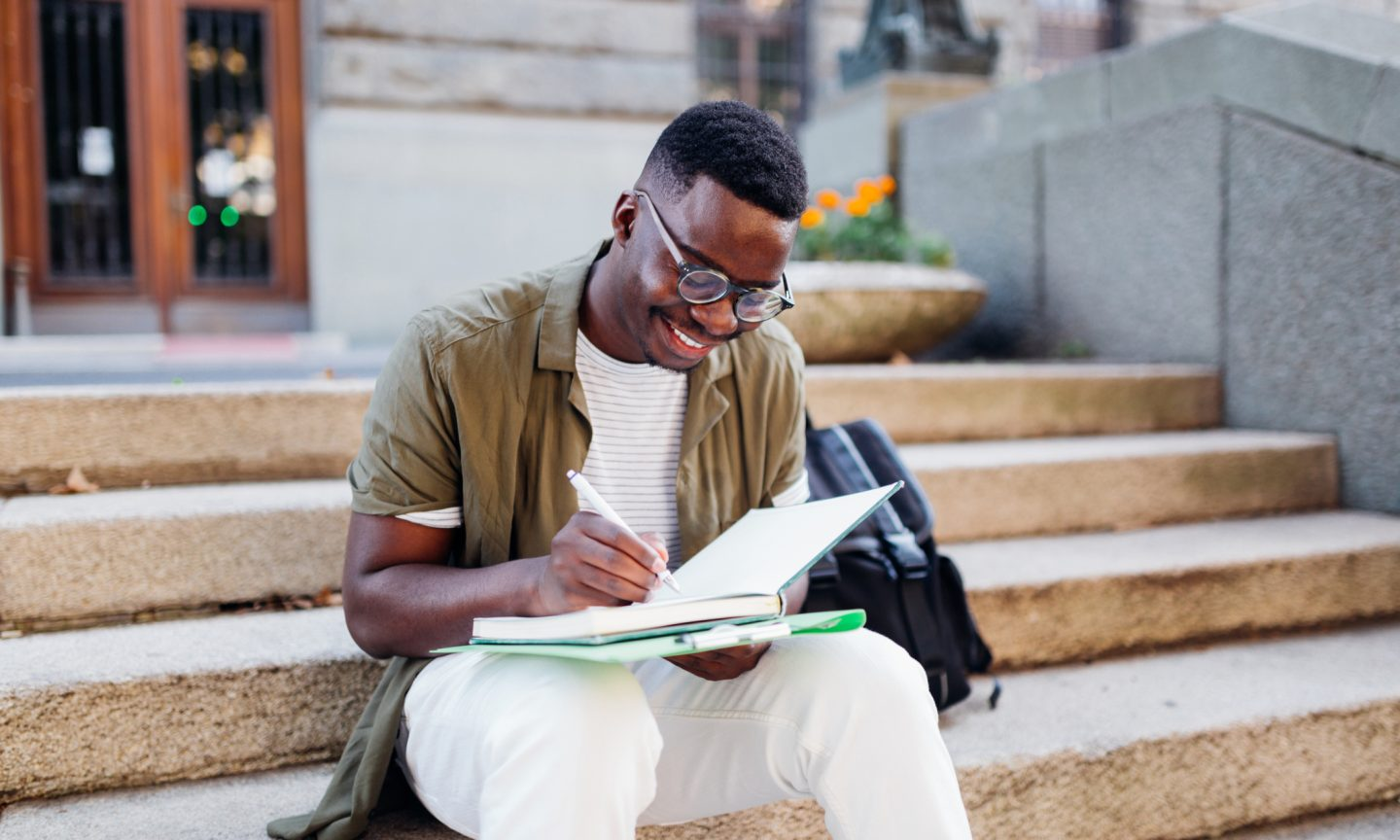 5 Things to Consider When Picking a College in the COVID-19 Era - NerdWallet