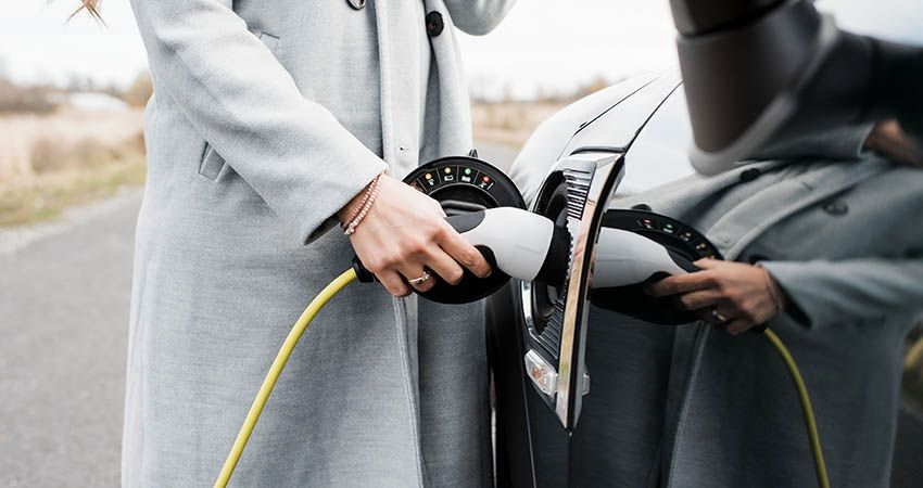 Are Electric Vehicle Costs Falling Fast Enough For UK Drivers to Make the Switch?