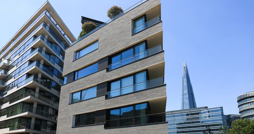 What's the difference between freehold and leasehold?